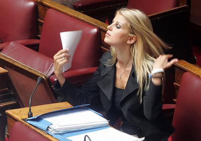 elena_rapti_is_the_hottest_woman_in_greek_parliament_640_11