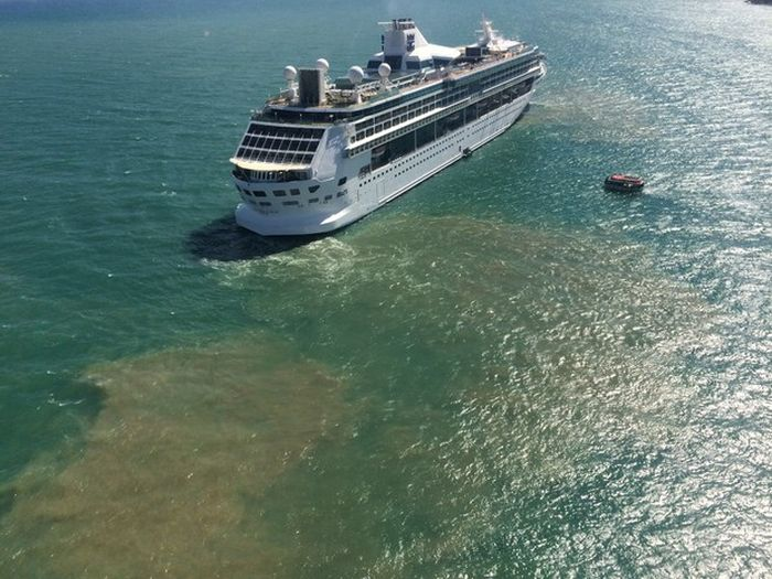 cruise_liner_02