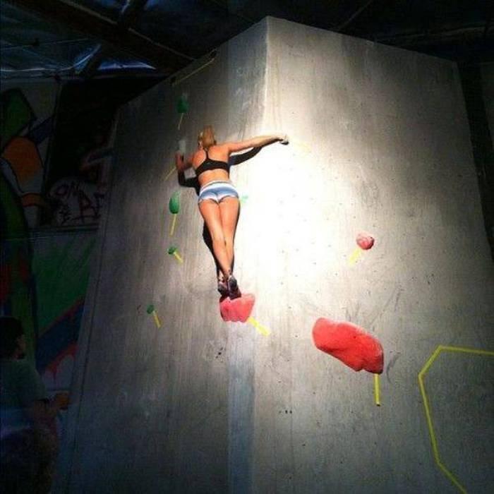 hot_rock_climbing_girls_20