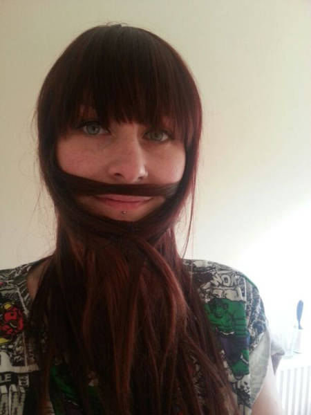 ladybeards_are_the_worst_trend_yet_640_07