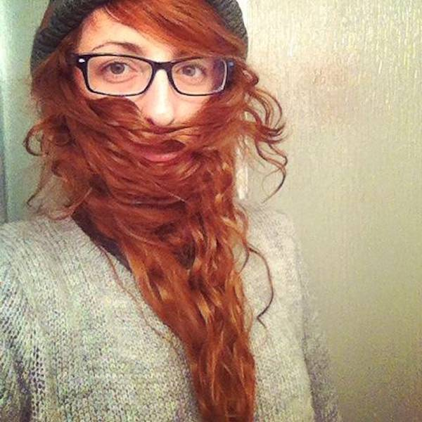 ladybeards_are_the_worst_trend_yet_640_12
