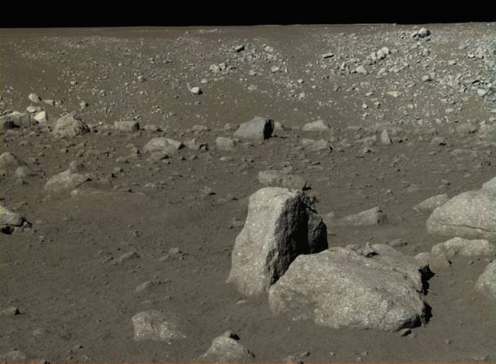 chinas_first_moon_landing_09