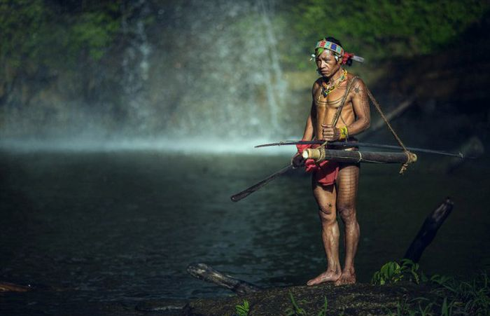 indigenous_people_of_indonesia_09