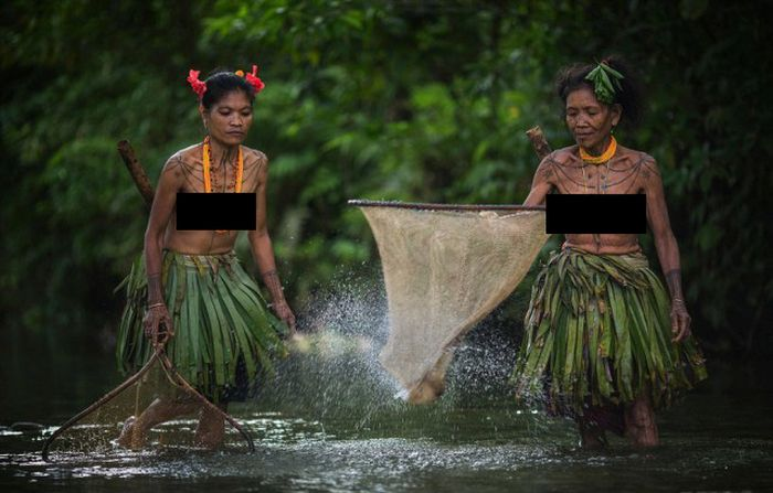 indigenous_people_of_indonesia_10