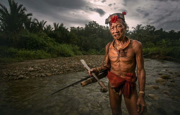 indigenous_people_of_indonesia_11