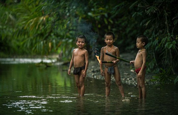 indigenous_people_of_indonesia_18