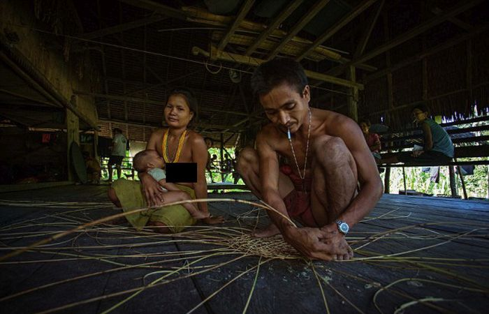 indigenous_people_of_indonesia_19