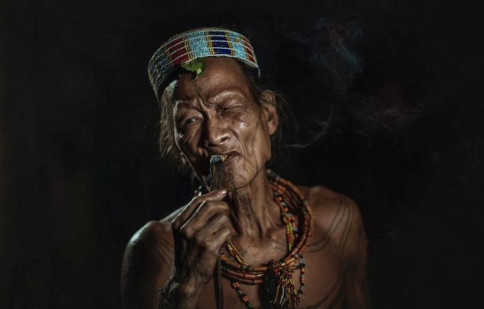 indigenous_people_of_indonesia_21