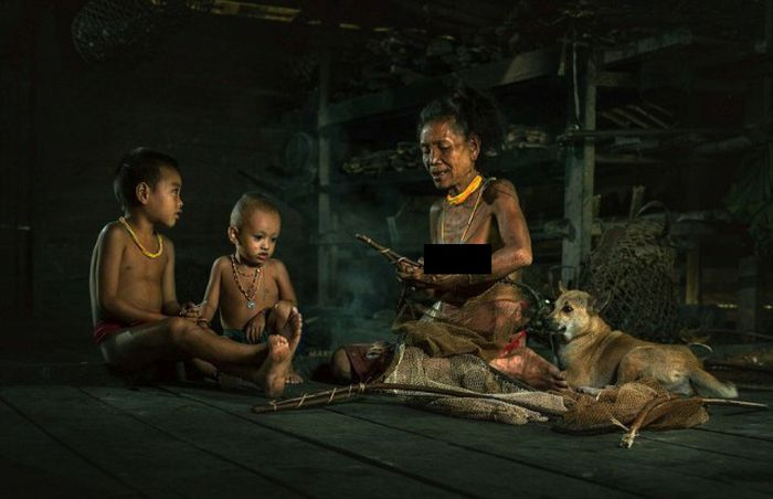 indigenous_people_of_indonesia_22