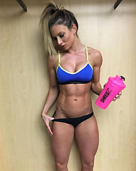strong_sporty_girls_06