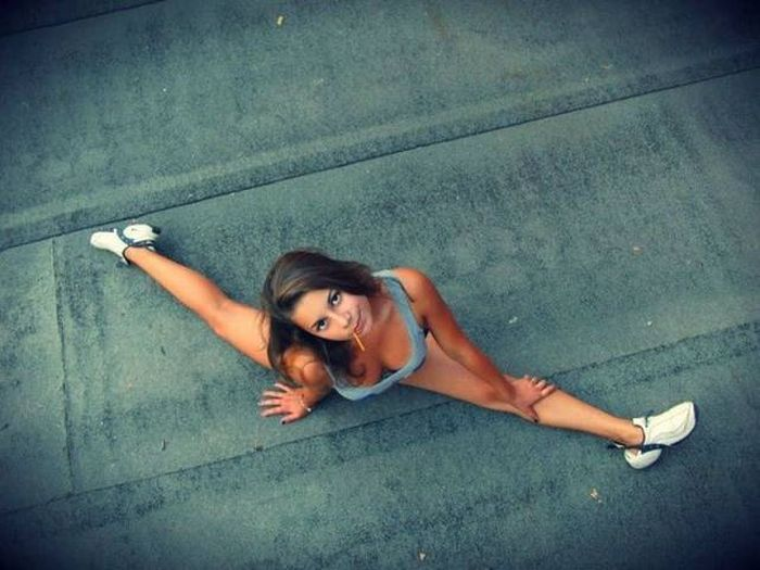 strong_sporty_girls_44