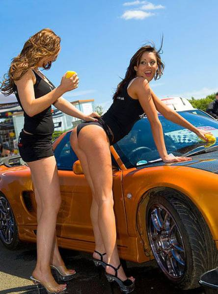 car_washing_babes_04