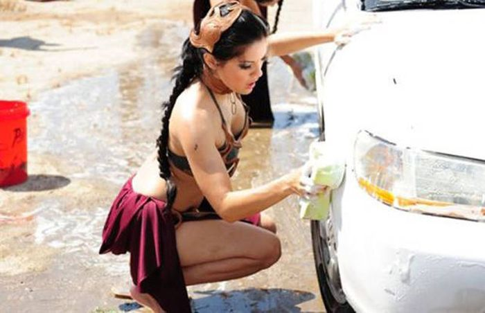 car_washing_babes_27