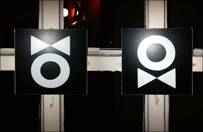creative_toilet_signs_02