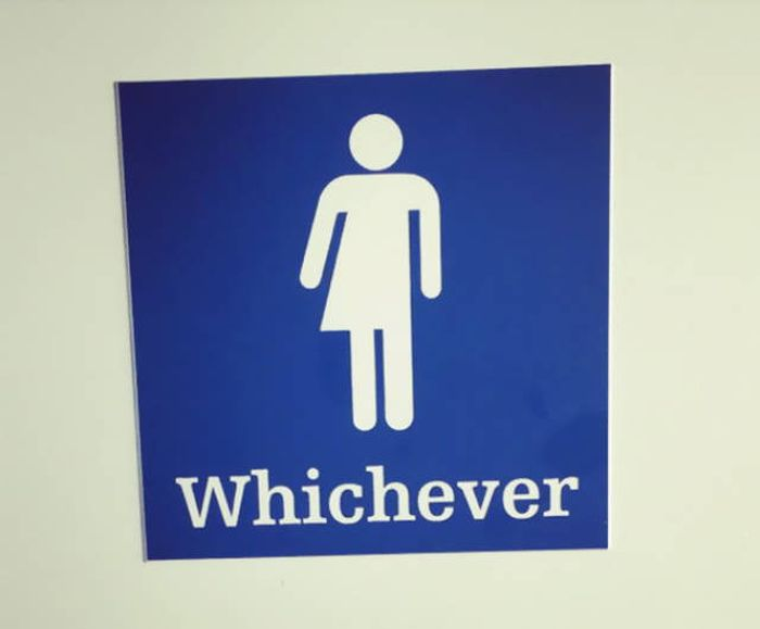 creative_toilet_signs_38