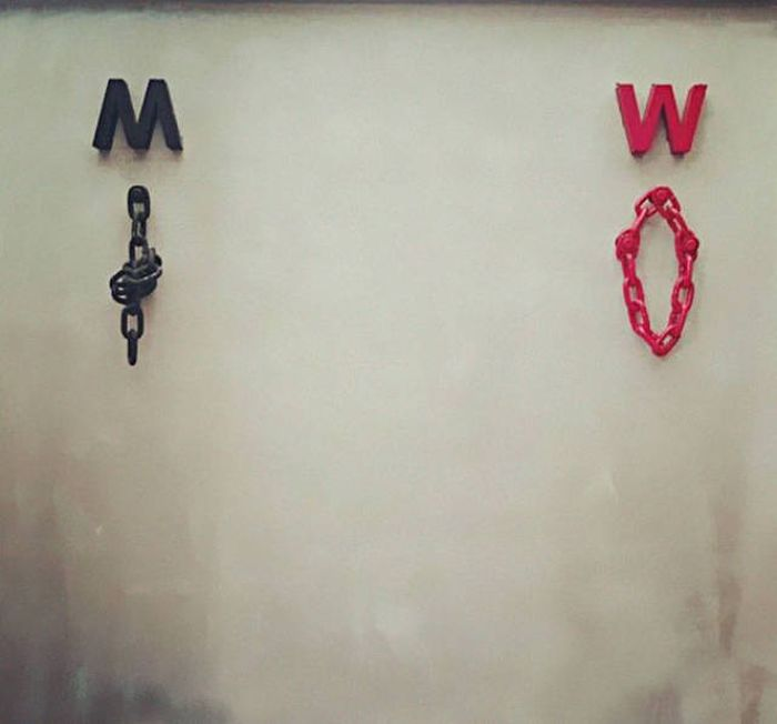creative_toilet_signs_46
