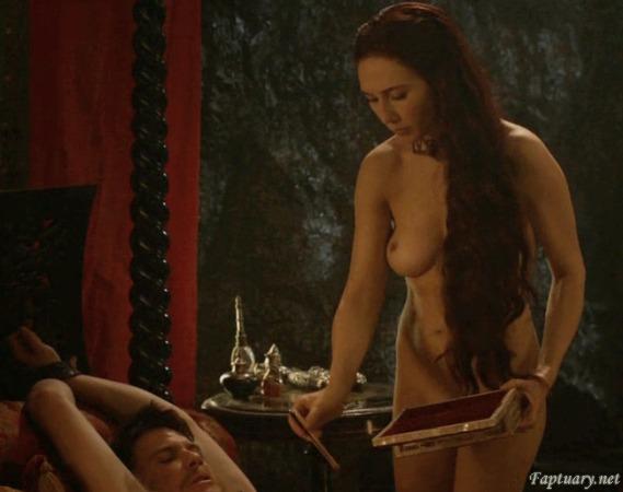 Carice-Van-Houten-Nude-Melisandre